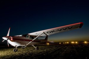 Unusual excursion to Prague by plane from Windride.cz
